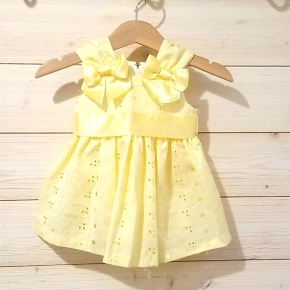 Summer Yellow Dress